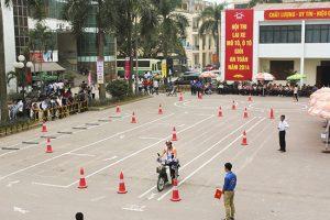 Sân thi bằng lái xe máy tháng 2